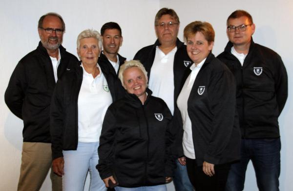 Styrelsen 2019 (Foto: Ã??landsbladet)